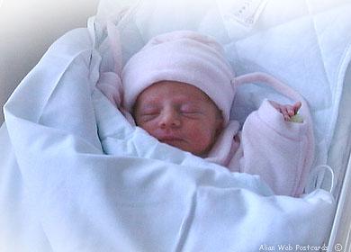 un couple noir donne naissance une petite fille blonde aux yeux blues etrange et insolite. Black Bedroom Furniture Sets. Home Design Ideas