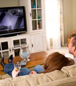 regarder la t l vision diminuerait notre esp rance de vie etrange et insolite. Black Bedroom Furniture Sets. Home Design Ideas