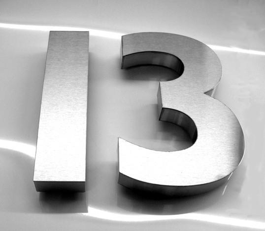 Adresses maudites acheteurs chanceux etrange et insolite for Phobie chiffre 13
