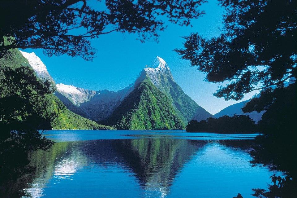 L Image Du Jour Milford Sound En Nouvelle Z Lande Etrange Et Insolite