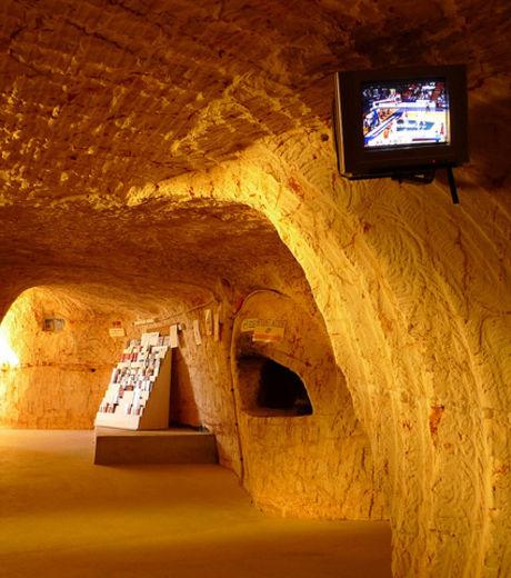 Découvrez Coober Pedy, la première ville souterraine du monde V2