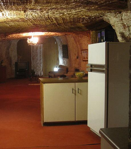 Découvrez Coober Pedy, la première ville souterraine du monde V3