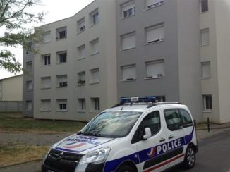 L'enfant s'est jeté de la fenêtre du 3e étage. Une chute d'une douzaine de mètres !Ouest-France
