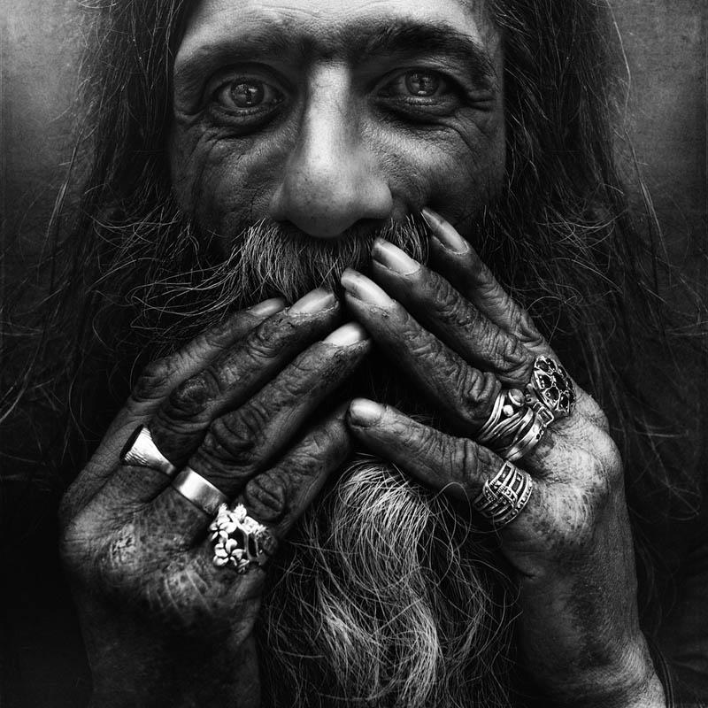 Les sans-abris ont un visage : prenez le temps de les regarder droit dans les yeux (galerie) (2/6)