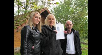Pauline, Claudia et Sébastien, de l'agence SOA, à Saint-Venant.