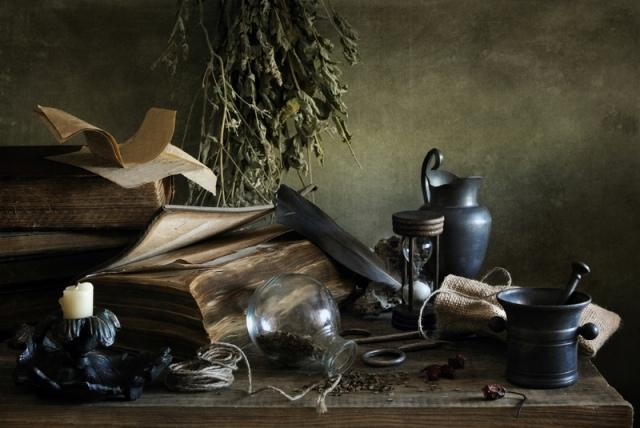 Sorcières modernes sont souvent adeptes de la Wicca, qui a été reconnue par un tribunal d'appel 1986 en tant que religion légitime. Bien que les wiccans croient en la magie, la forme de sorcellerie qu'ils pratiquent peu ou rien à voir avec Satan. Crédit: Irina Mosina | Shutterstock