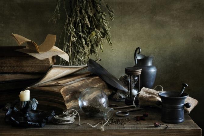 Sorcières modernes sont souvent adeptes de la Wicca, qui a été reconnue par un tribunal d'appel 1986 en tant que religion légitime. Bien que les wiccans croient en la magie, la forme de sorcellerie qu'ils pratiquent peu ou rien à voir avec Satan. Crédit: Irina Mosina   Shutterstock