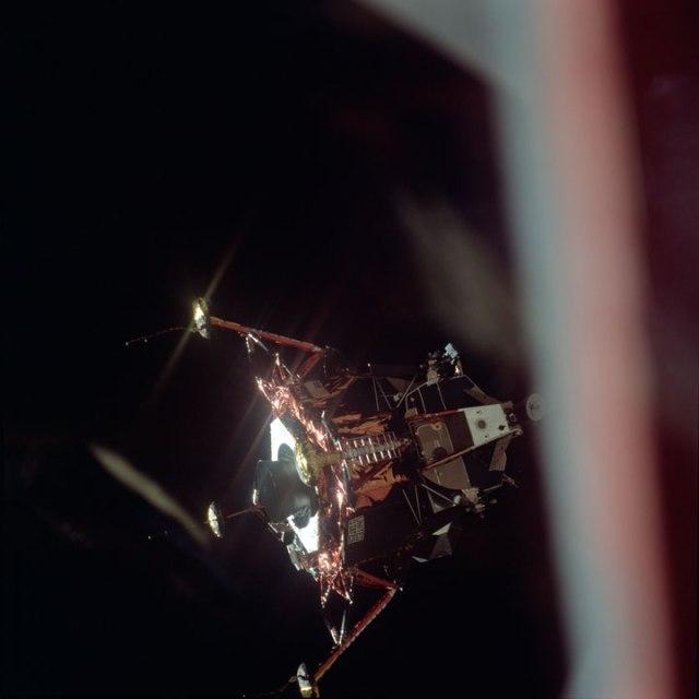 Découvrez les 1407 photos inédites de la mission Apollo 11 conservées pendant plus de 40 ans par la NASA 414