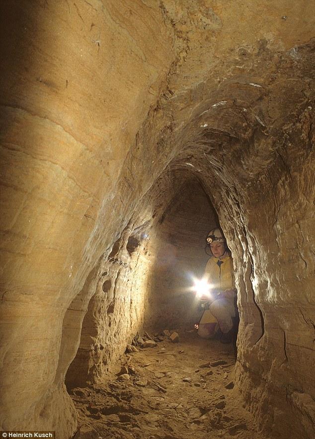 Un réseau européen de tunnel de l'âge de pierre qui va de Écosse à la Turquie T