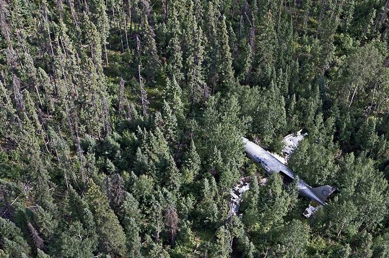 Epaves d'avions 813