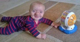 Le petit Ollie respire la joie de vivre et fait la fierté de sa maman, Amy. (photo: DR)
