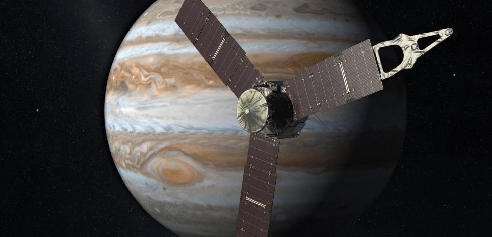 Une vue d'artiste de la sonde Juno, qui doit arriver sur Jupiter le 5 juillet 2016 (pour la France, le 4 juillet pour les Etats-Unis). © Olivier Lascar