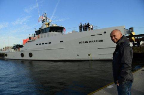 Le flambant neuf Ocean Warrior a jeté l'ancre dans le port d'Amsterdam. (photo: AFP)