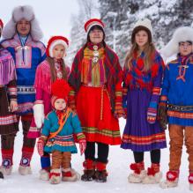 Le dernier peuple autochtone d'Europe est menacé (vidéo) By Jack35 7