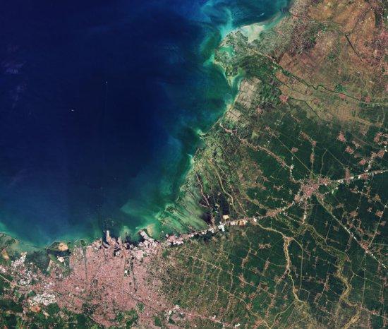 L'image du jour : Terre vue de l'espace, Semarang, Indonésie (vidéo) By Jack35 1