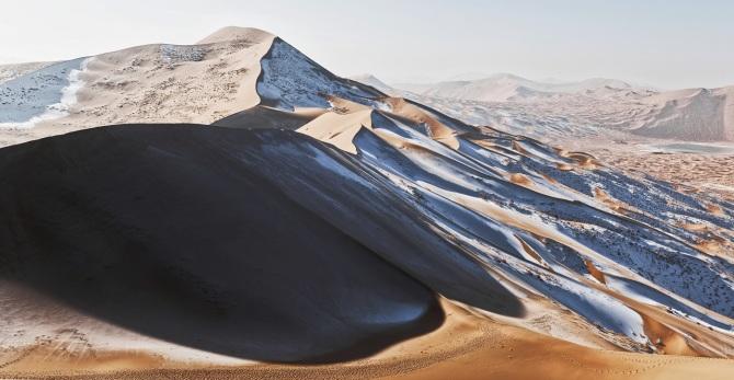 L'image du jour jour : Dans le désert de Badain Jaran, Chine (Vidéo sur Bidfoly.com) By Jack35 1-67