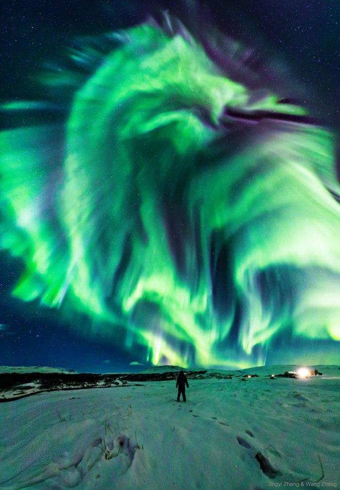 L'image du jour : Une aurore de dragon sur l'Islande ! (vidéo sur Bidfoly.com) By Jack35 3-25