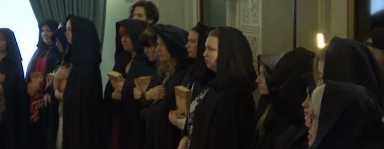 Russie : ces sorcières qui soutiennent Vladimir Poutine (vidéo) By Jack35 Capture-6