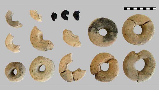 Des archéologues découvrent un produit étrange en forme d'anneau en Autriche (vidéo) By Jack35 1-20
