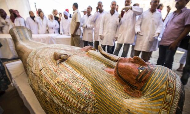 Les archéologues découvrent 30 cercueils antiques à Louxor (vidéo) By Jack35 1-62