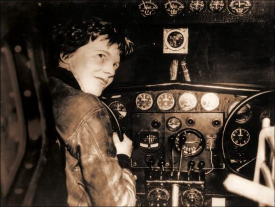 Perdue en mer : le mystère du dernier vol d'Amelia Earhart (vidéo) By Jack35 2-1