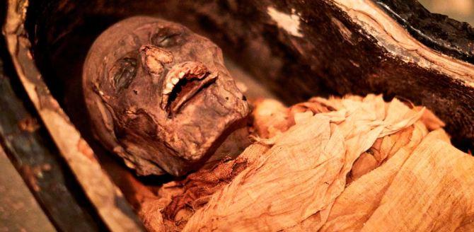 Des chercheurs ont fait parler une momie vieille de 3.000 ans (vidéo) By Jack35 Capture-9