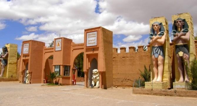 Le plus grand studio de cinéma du monde est dans ce désert marocain (vidéo) By Jack35 1-22