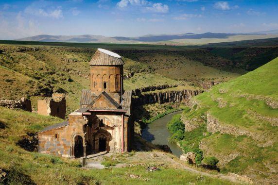La ville aux mille et une églises survit à travers ses ruines (vidéo) By Jack35 1-41