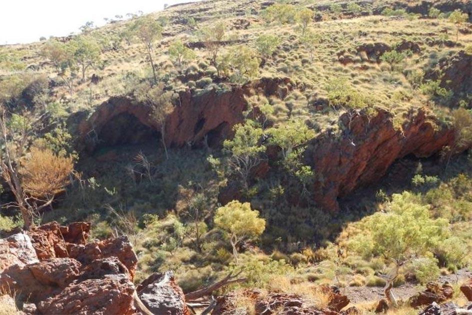 Un site aborigène vieux de 46 000 ans vient d'être détruit délibérément en Australie (diaporama et vidéo) By Jack35 1-96
