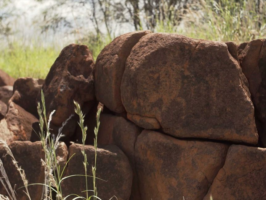 Un site aborigène vieux de 46 000 ans vient d'être détruit délibérément en Australie (diaporama et vidéo) By Jack35 5-16