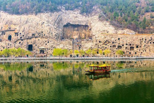 Les grottes de Longmen en Chine (vidéo) By Jack35 1-15