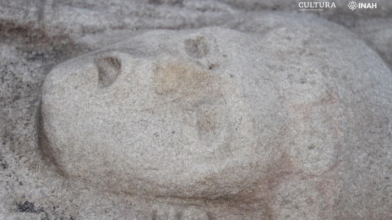 Mexique : statue d'une femme mystérieuse avec une coiffe semblable à celle de Star Wars (diaporama et vidéo) By Jack35 2-9