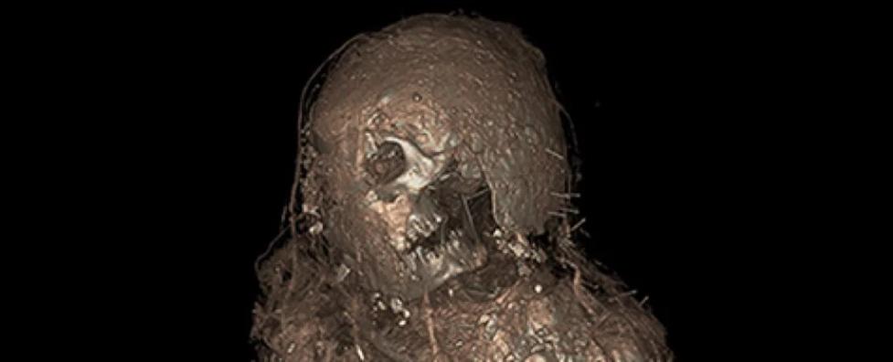 Une ancienne momie retrouvée ensevelie dans un étrange cocon jamais vu par les archéologues (diaporama et vidéo) By Jack35 1-3