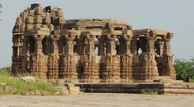 L'histoire des temples maudits de Kiradu (galerie et vidéo) By Jack35 3-1