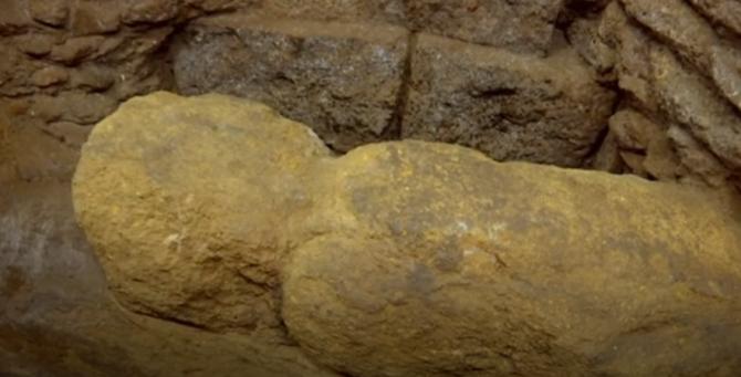 Découverte : un mur datant du IVe siècle avant J.-C. découvert dans le sous-sol d'une école à Rome (vidéo) By Jack35 Capture-17