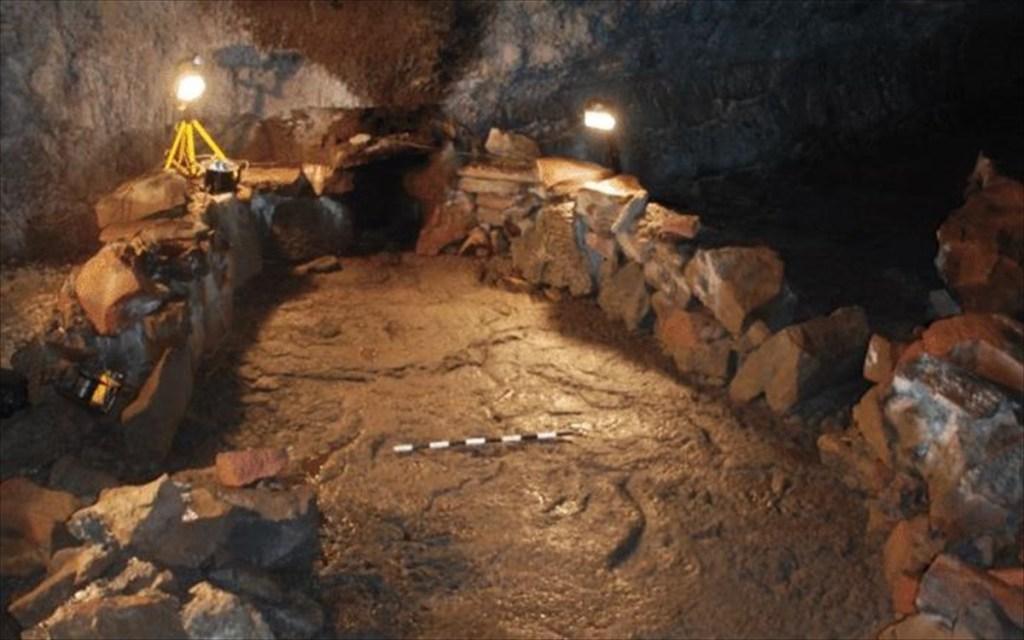 Les Vikings ont sculpté un énorme bateau dans une grotte volcanique pour conjurer l'apocalypse (diaporama et vidéo) ByJack35 1-73