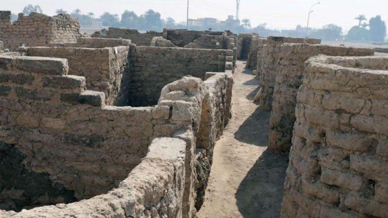 Egypte : découverte d'une  » Cité d'or perdue » vieille de 3 000 ans (galerie et vidéo) By Jack35 4-6