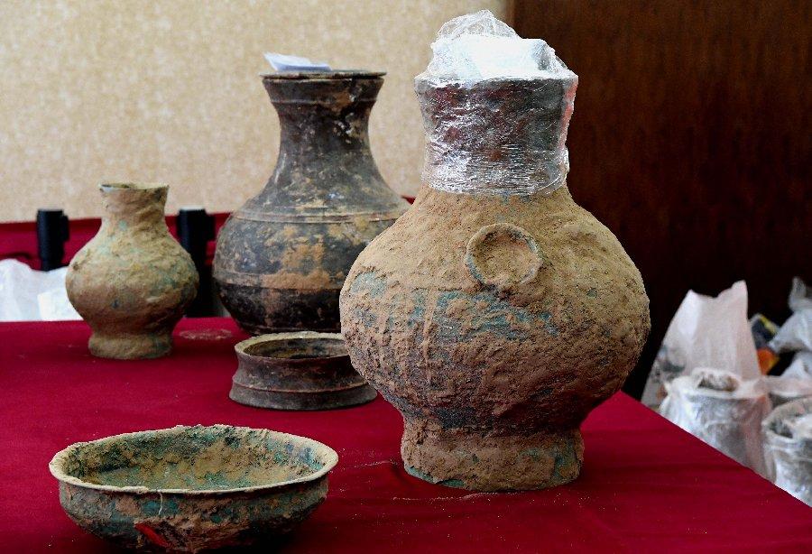 Un « élixir d'immortalité » découvert dans une tombe vieille de 2000 ans en Chine (vidéo) By Jack35 1-62